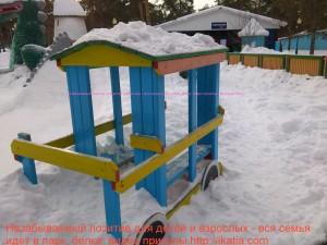 паровозик для детей деревянный