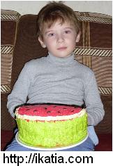 торт арбуз и мальчик