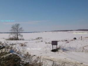 вид на озеро зимой