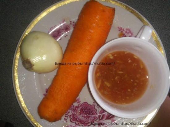 морковь, лук и закуска из хрена
